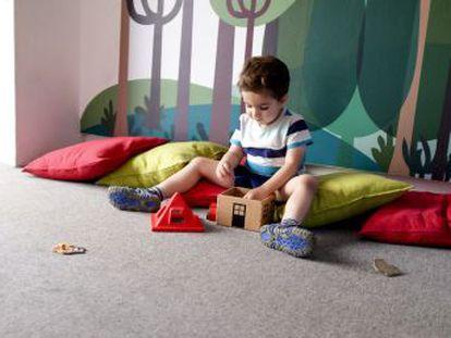 La mitad de los niños españoles juega menos de una hora al día en la calle, según una encuesta
