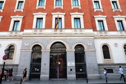 Facade of the Court of Accounts, in Madrid.