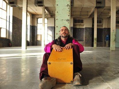 El percusionista Xavi Turull, del grupo Ojos de Brujo que se homenajea en la Mercè 2020.