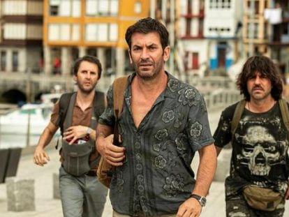 Desde la izquierda, Julián López, Arturo Valls y Ernesto Sevilla, en 'Descarrilados'.