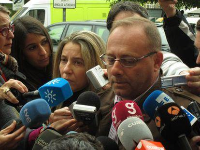 Los padres de Marta del Castillo, en los juzgados de Sevilla.