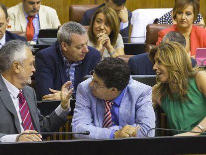 Griñán, Valderas y Díaz, en el Parlamento andaluz.