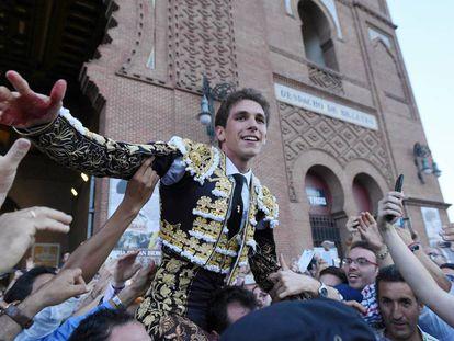 Ginés Marín, en su salida a hombros el pasado 25 de mayo.