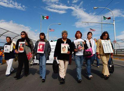 Manifestación por las víctimas del feminicidio en Ciudad Juárez, México (AFP)