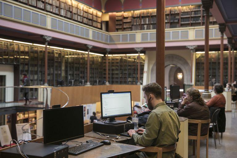 Estudiantes en la biblioteca de la Universidad de Barcelona, el pasado febrero.