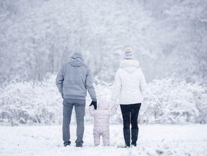 Una familia, de paseo.