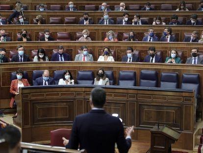 El presidente del Gobierno, Pedro Sánchez, interviene en la sesión de control al Gobierno en el Congreso de los Diputados, el 15 de septiembre de 2021.