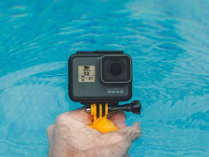 La cámara de acción GoPro Hero7 Black es uno de los productos con mejores ofertas de la semana.