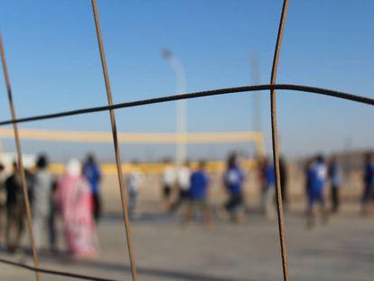 Familias que rompen campos de refugiados