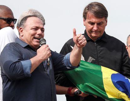 The former Minister of Health, Eduardo Pazuello, speaks at a ceremony accompanying President Bolsonaro, on May 24.