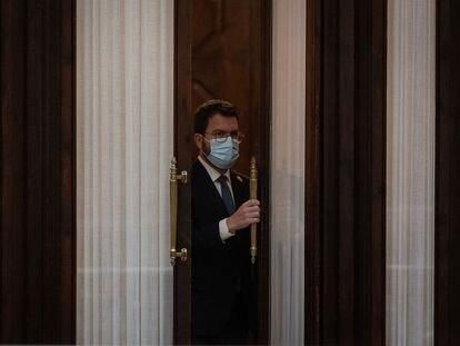El presidente catalan, Pere Aragonès, se cierra en su despacho, el pasado miércoles en el Parlament