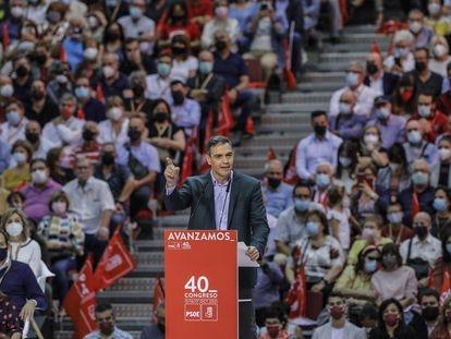 El secretario general del PSOE y presidente del Gobierno, Pedro Sánchez, este domingo en la clausura del 40º Congreso Federal del PSOE, en la Feria de Valencia.