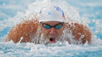 Michael Phelps en la final de 100 metros mariposa.