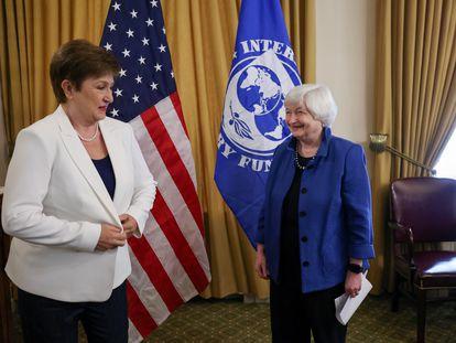 La secretaria del Tesoro de EE UU, Janet Yellen, con la directora gerente del FMI, Kristalina Georgieva, en Washington, este 1 de julio.