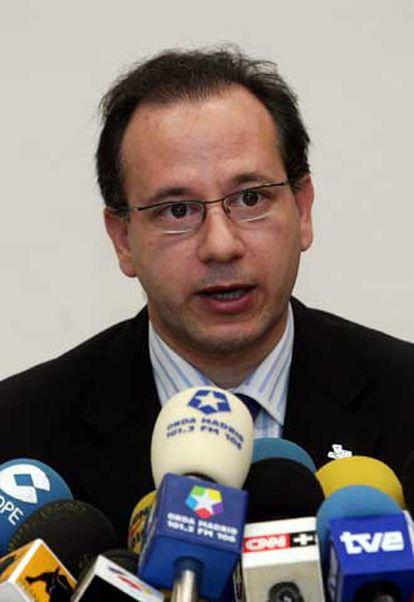 Francisco José Alcaraz, en una conferencia de prensa.