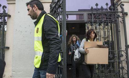 Registro policial en el Ayuntamiento de Sabadell, el 27 de noviembre.