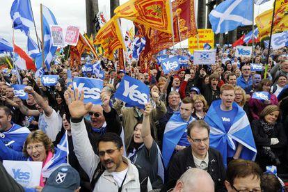 Partidarios de la independencia de Escocia, en Edimburgo.