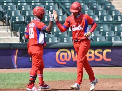 El equipo de béisbol de Cuba, durante un partido en agosto de 2021, en Ciudad Obregón, México.