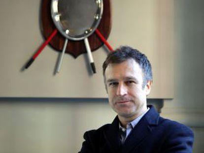 Mateo Maté, en la Fundación Lázaro Galdiano ante una de sus obras.