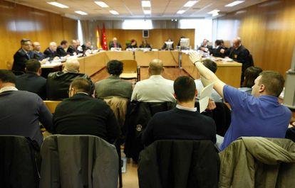Imagen del juicio celebrado en la Audiencia Provincial contra los acusados de asaltar Blanquerna en 2013.