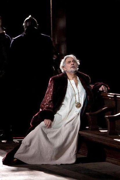 Plácido Domingo, en <i>Simon Boccanegra,</i> en la Ópera de Nueva York.