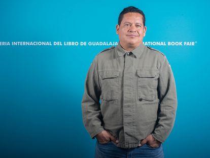Retrato del escritor mexicano Julián Herbert durante la FIL de 2019.