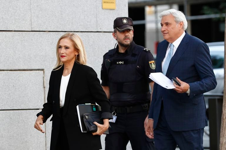 La expresidenta madrileña Cristina Cifuentes llega a la Audiencia Nacional, el 9 de octubre de 2019.