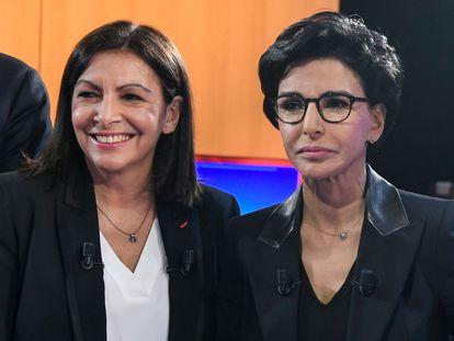 Las candidatas a la alcaldía de París Anne Hidalgo (i) y Rachida Dati (d)