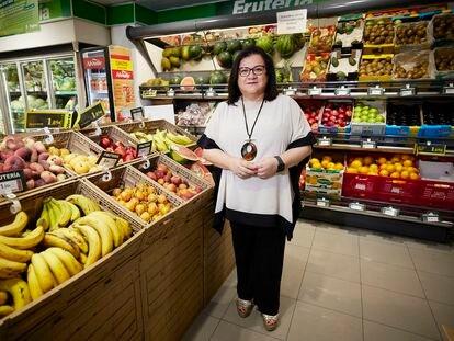 Patrocinio Contreras, presidenta de Covirán, posa en un supermercado de Granada.