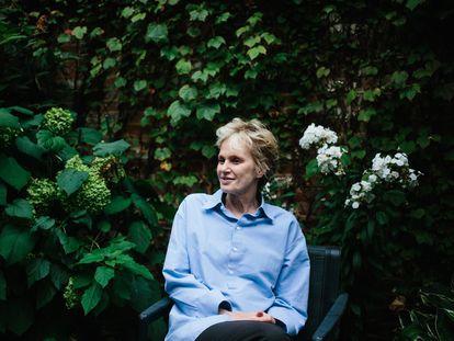 La escritora estadounidense Siri Hustvedt en su hogar de Brooklyn, Nueva York en septiembre de 2019.