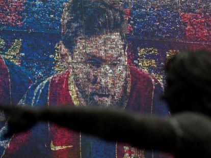 Retrato de Messi en la tienda oficial del Barcelona el pasado viernes.