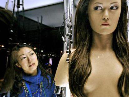 Un informe explora el incipiente mercado del sexo con máquinas, sobre el que apenas hay datos fiables