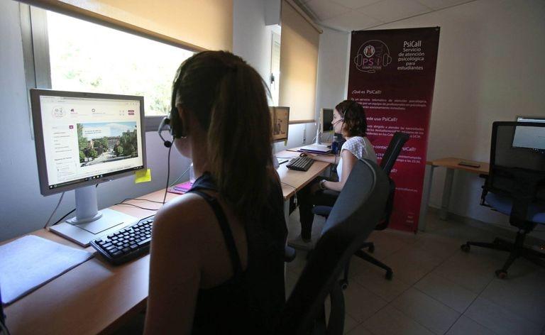 El centro PsiCall, call center de atención psicológica para los alumnos de la Universidad Complutense.