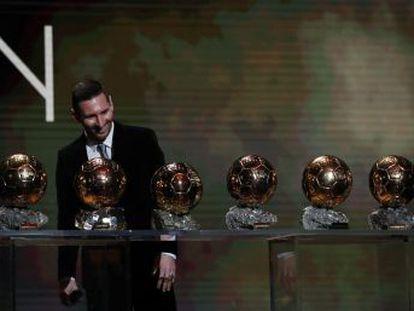 El delantero del Barcelona, de 32 años, gana en París su sexto Balón de Oro, a los diez años del primero y tras cuatro fuera del trono. Supera los cinco trofeos de Cristiano Ronaldo