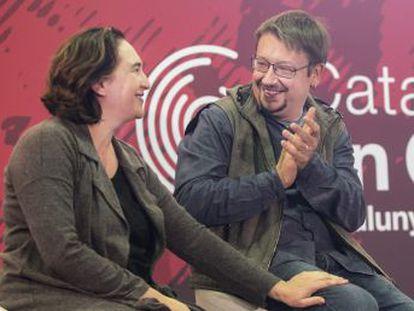El dirigente de Podem ha anunciado su renuncia por las redes sociales mientras intervenía Quim Torra