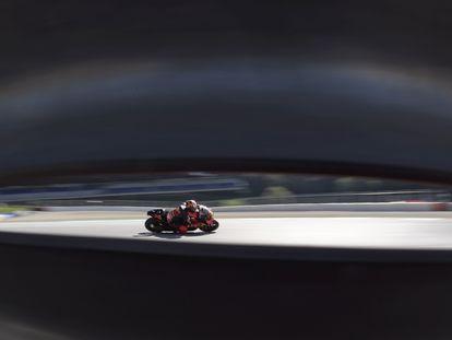 El piloto de KTM Pol Espargaró, durante la clasificación del GP de Estiria 2020, en el Red Bull Ring de Spielberg, Austria.