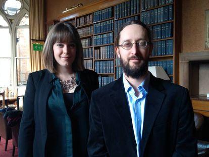 Los investigadores de Oxford Rachel Wood y Jonathan Duquette, cofundadores de Woolf University.