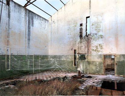 'Destrucción de Proyecciones II, 2009/2021'