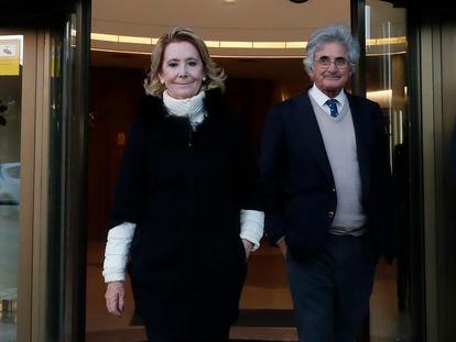 Esperanza Aguirre y Fernando Ramírez de Haro, en Madrid en marzo de 2019.