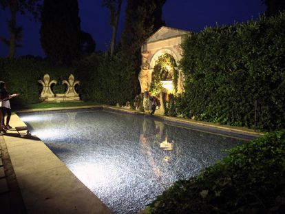 La piscina del castillo de Púbol.