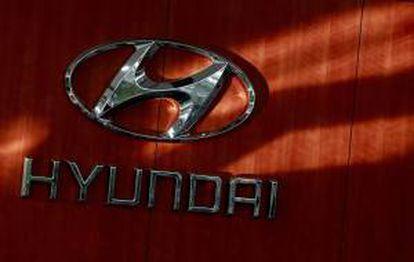 Fotografía de archivo donde se ve el logo de la compañía surcoreana Hyundai Motors. EFE/Archivo