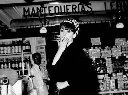 La actriz Audrey Hepburn en Madrid en 1966.