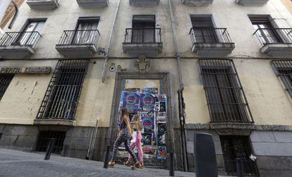 Edificio histórico municipal en estado de ruina en la calle Corredera Baja de San Pablo, 20.