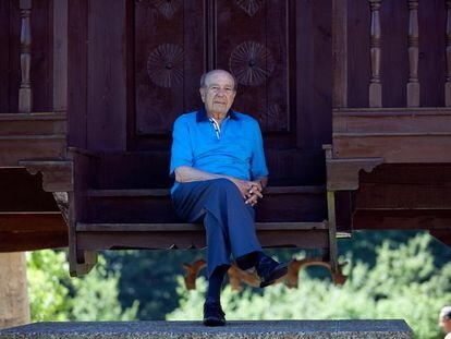 Manuel Lombardero Suárez, librero.