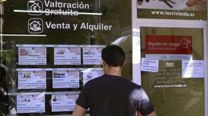 Vista de una inmobiliaria en Madrid.