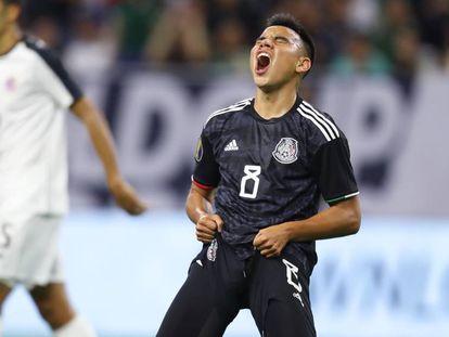El mexicano Carlos Rodríguez se lamenta.