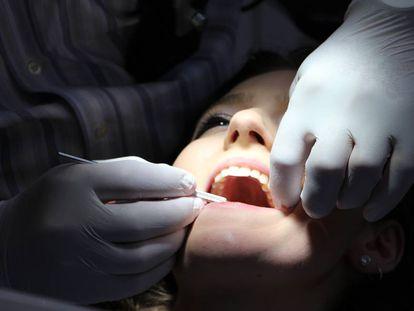 Las técnicas existentes no son capaces de regenerar el esmalte dental.