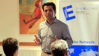 Francisco Delgado Ruiz dando clases en ESADE