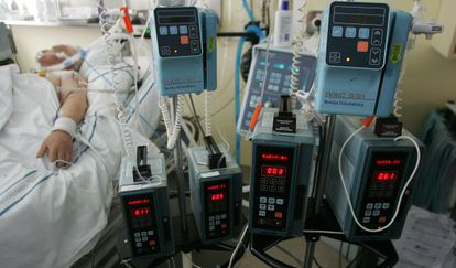 Muchos médicos aún anteponen su criterio al de las familias.