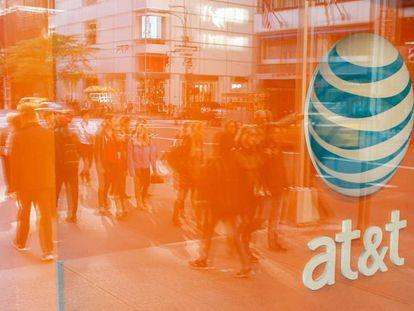 Una tienda del operador de móvil AT&T en Nueva York.